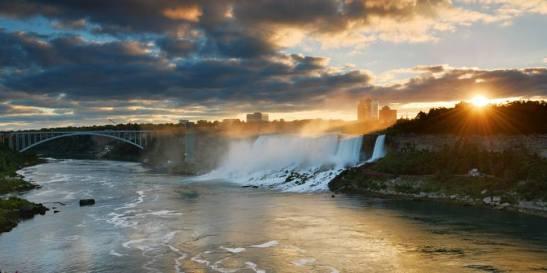 NiagaraFallsSunrise_DDemoe